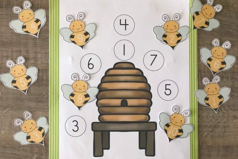 Atividade de pareamento de numeros com abelhas