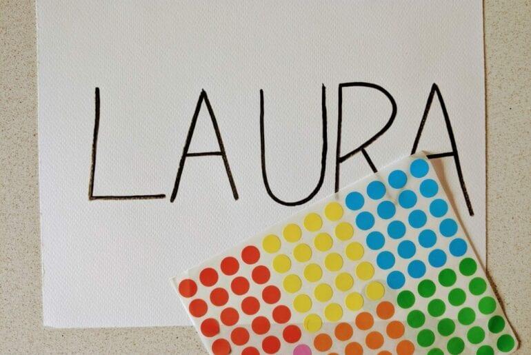 escrever o nome com adesivos