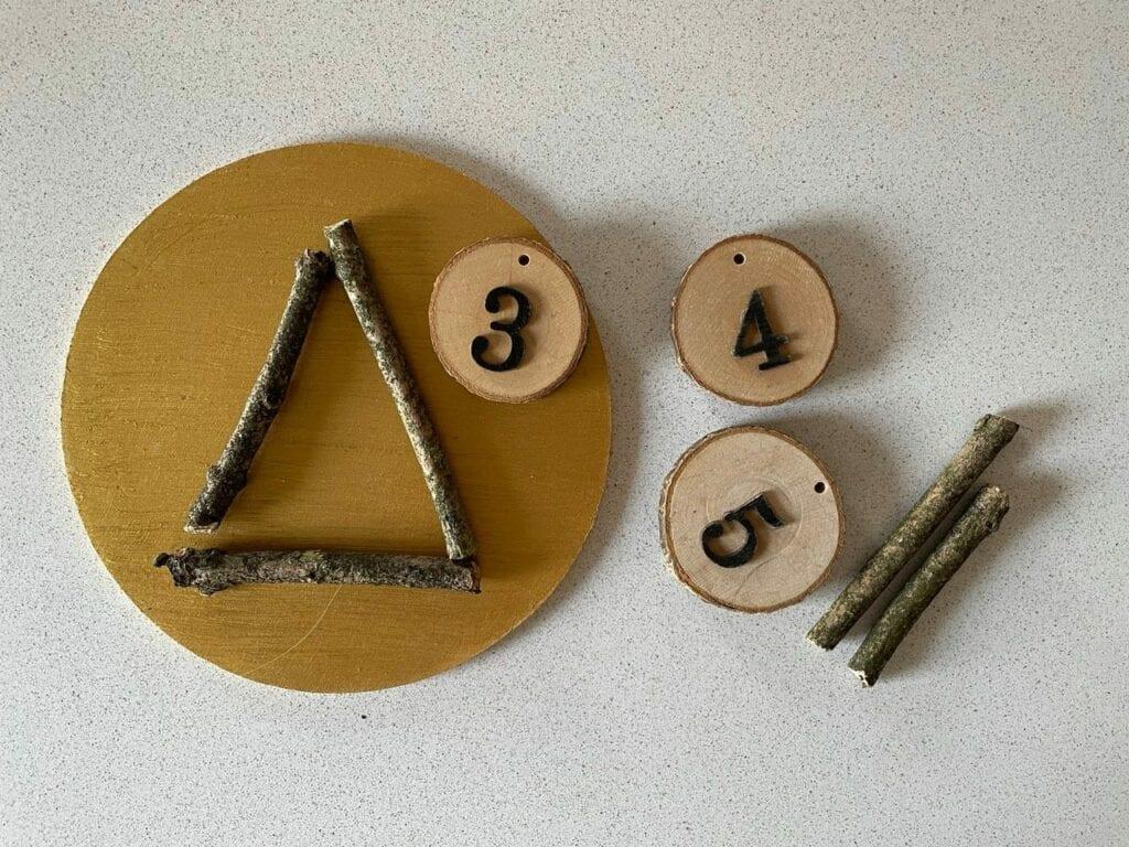 formas geometricas com elementos naturais triangulo