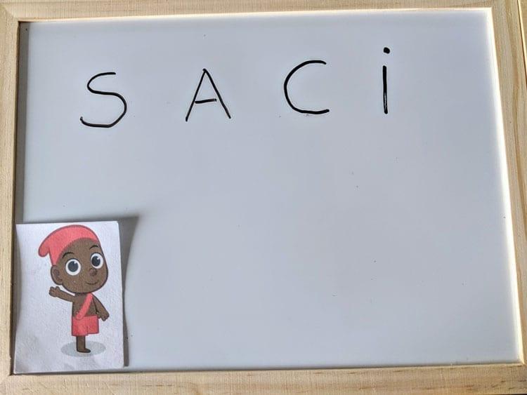 Como se escreve Saci