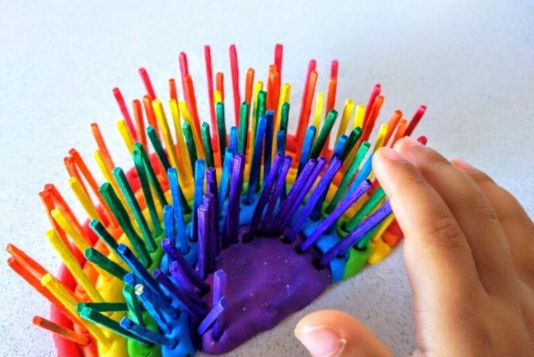 atividade com arco-iris para trabalhar as cores 01
