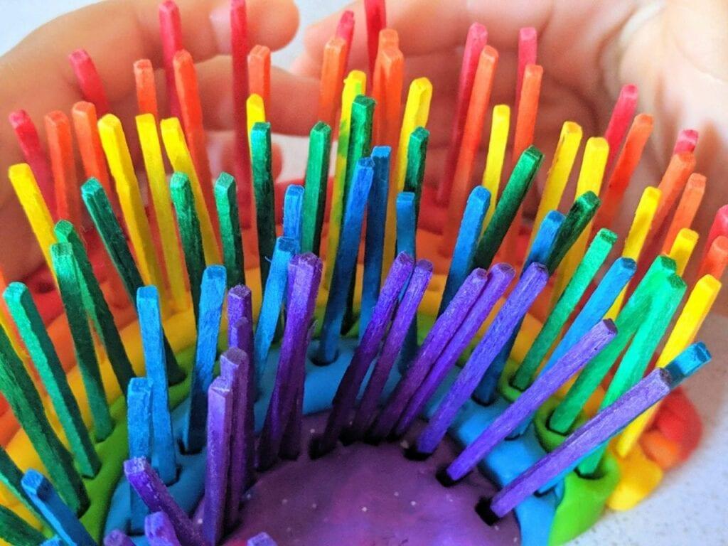 atividade com arco-iris para trabalhar as cores 07