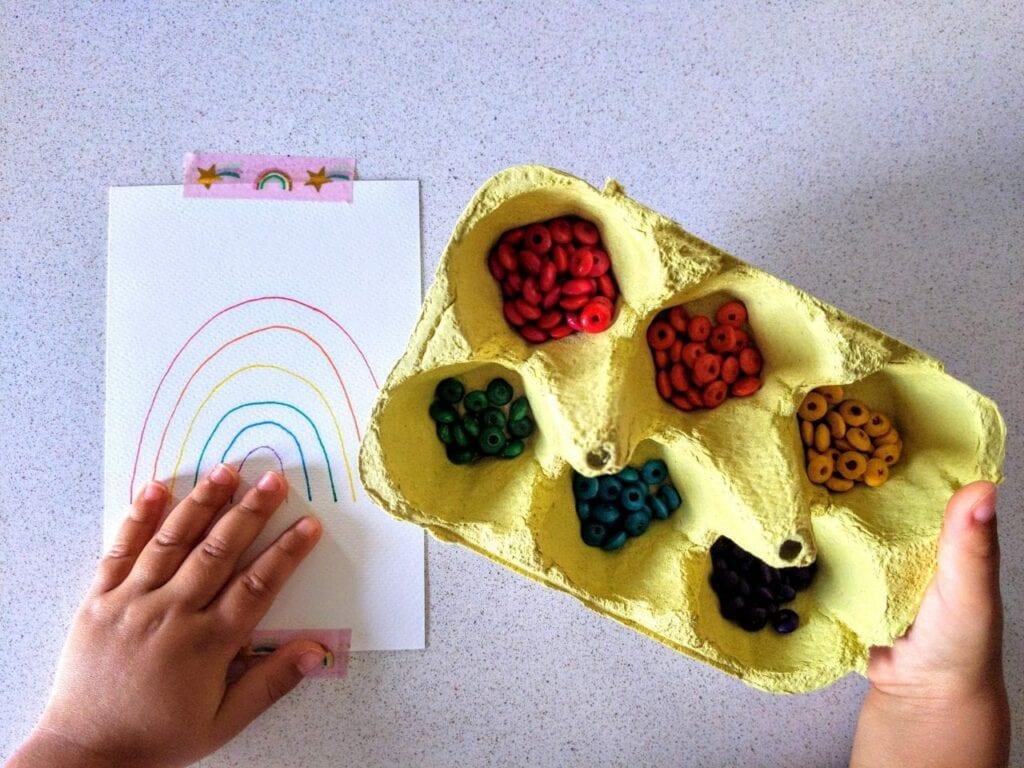 como desenhar um arco-iris com micangas 02