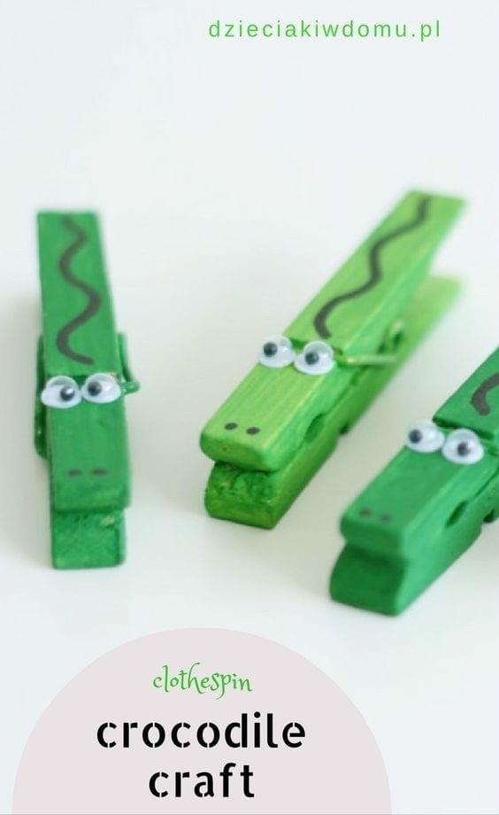 crocodilo feito com pregadores de roupa 02
