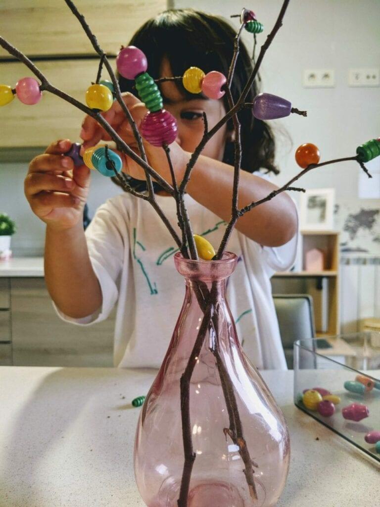 arranjo floral para mesa com micangas 03