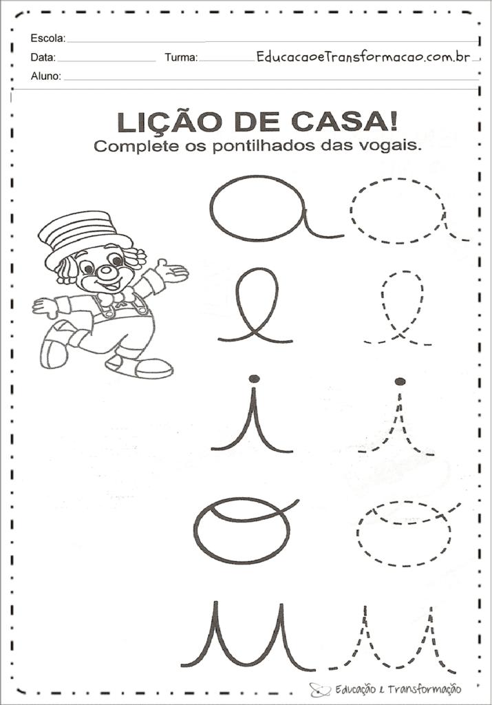 atividades com vogais para imprimir 26