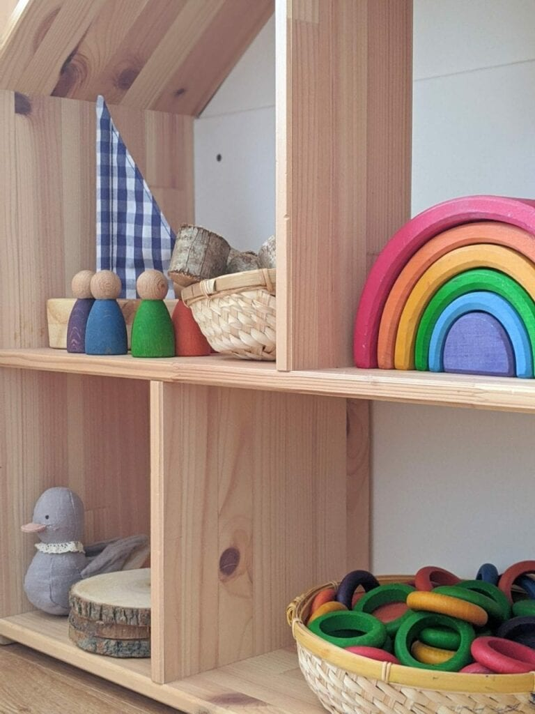 organizador de brinquedos ou estante de atividades 05