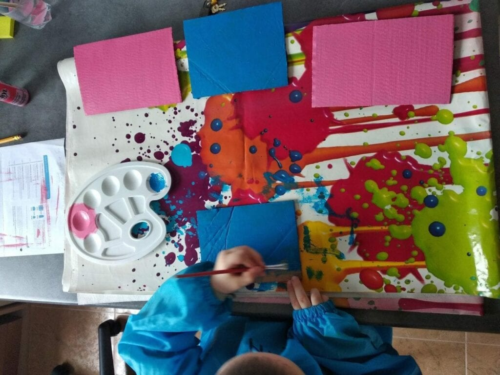 Como fazer letras de lixa Montessori 03