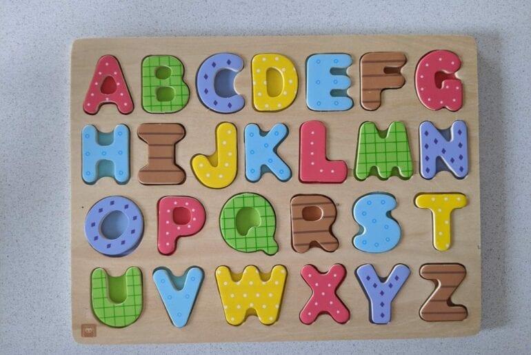 alfabeto de madeira 01