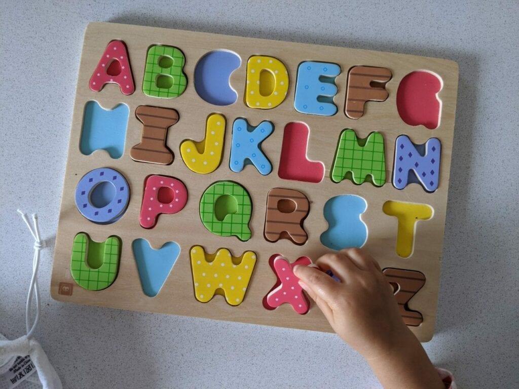 alfabeto de madeira 02