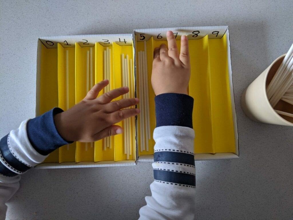 caixa de fusos montessori 07