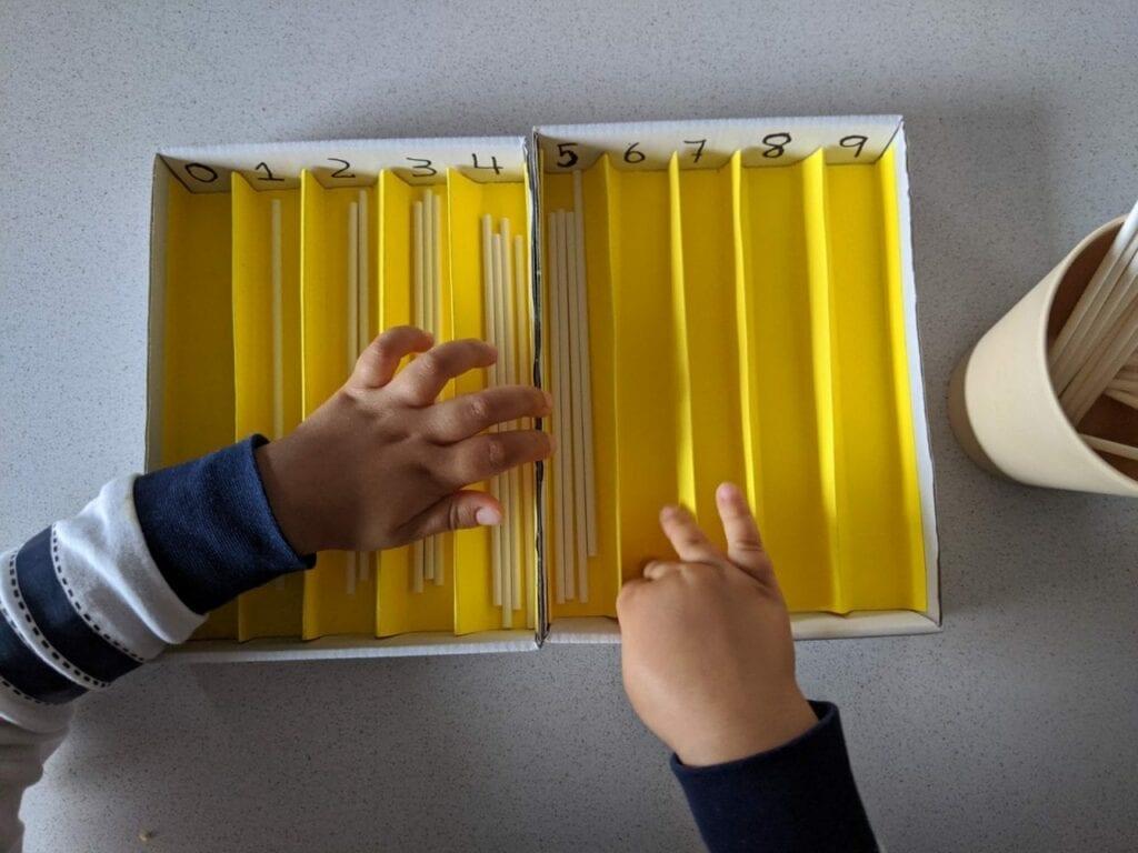 caixa de fusos montessori 08