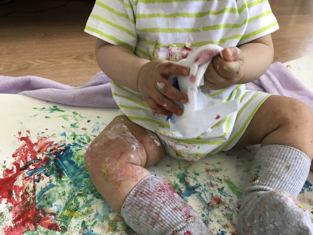 brincadeiras e atividades para bebes de 8 meses 08