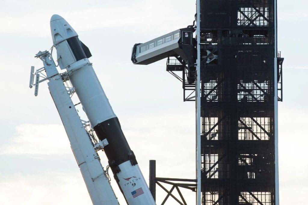 como fazer foguete espacial 01