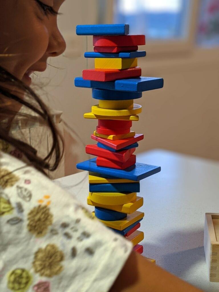 atividades ludicas com blocos logicos torre
