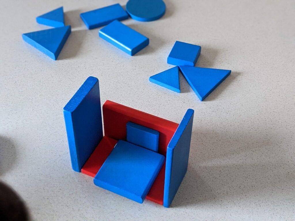 atividades ludicas com os blocos logicos construcao