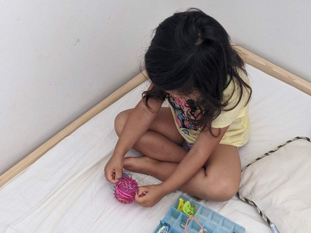atividade com elastico para educacao infantil 02