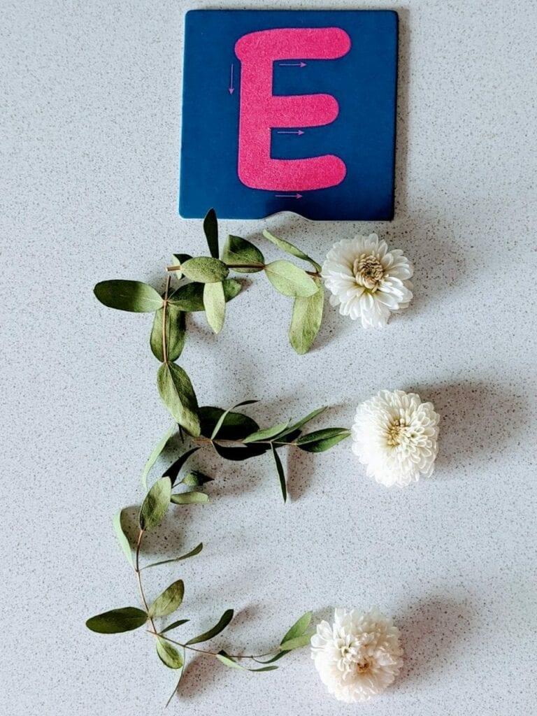 atividade com flores para alfabetizacao e