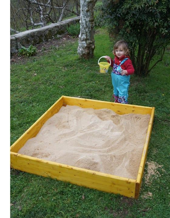 caixa de areia infantil