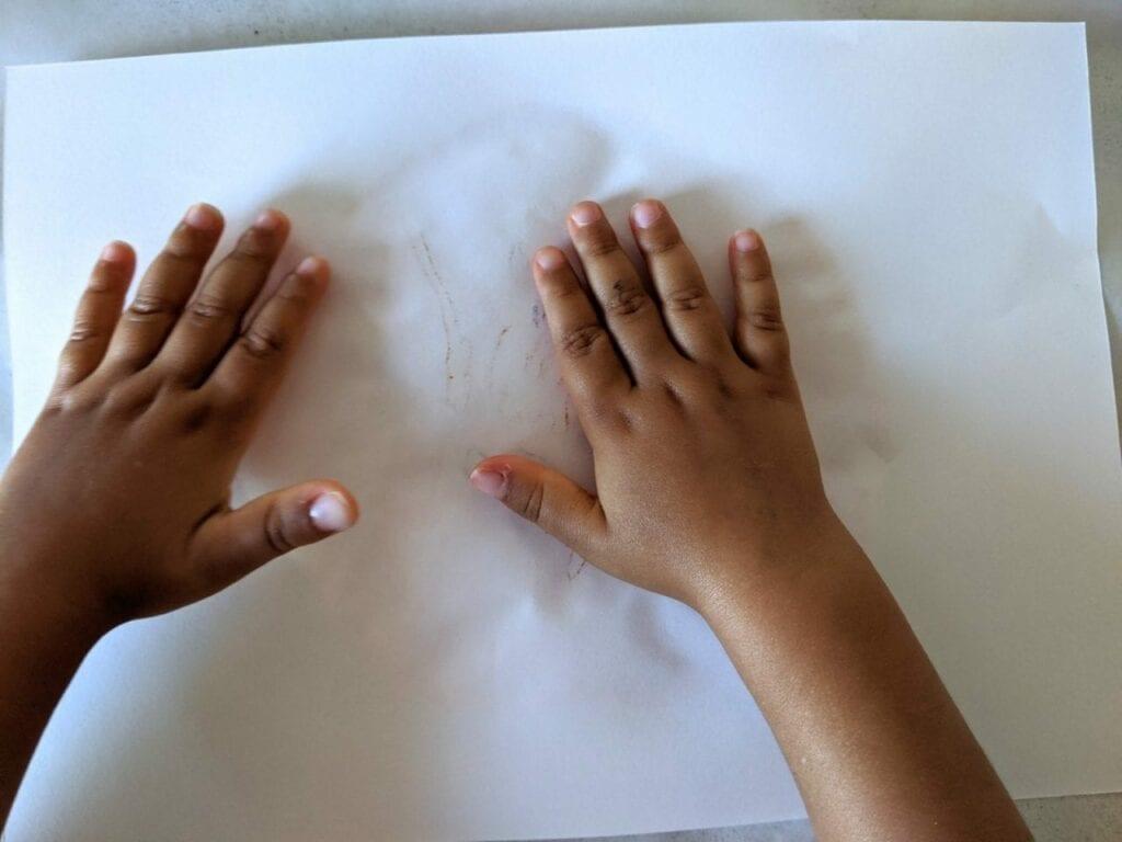 como fazer um sol de papel 07