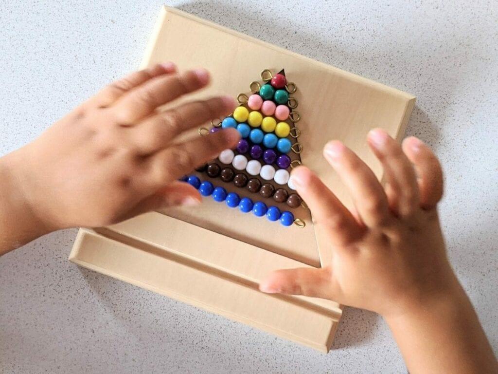 matematica montessori escada de contas 01