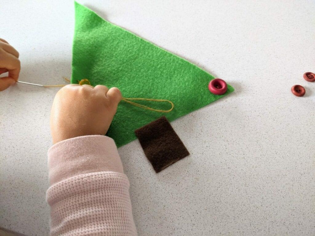 atividade de alinhavo para o natal 04