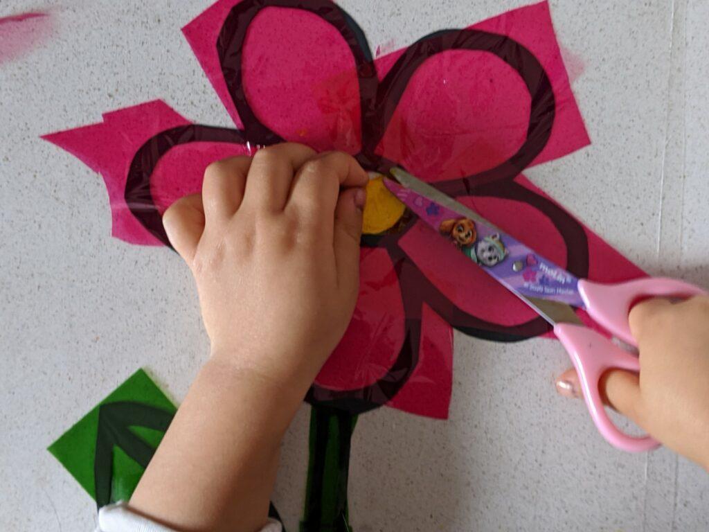atividade de artes papel celofane