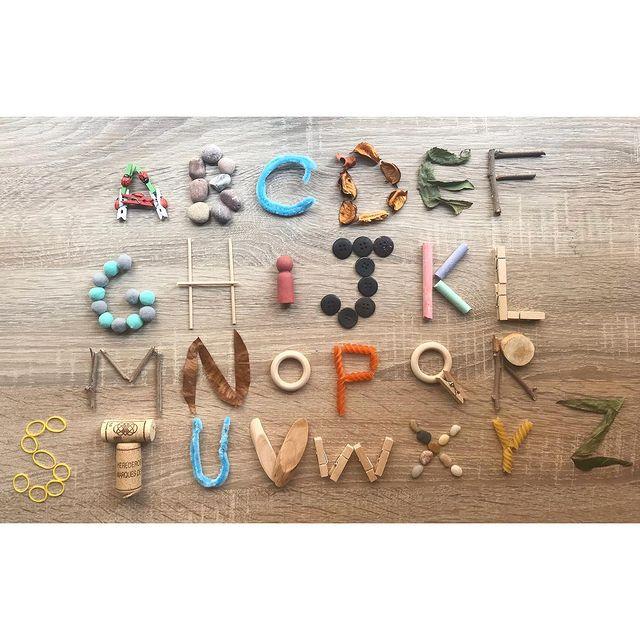 ensinar o alfabeto completo