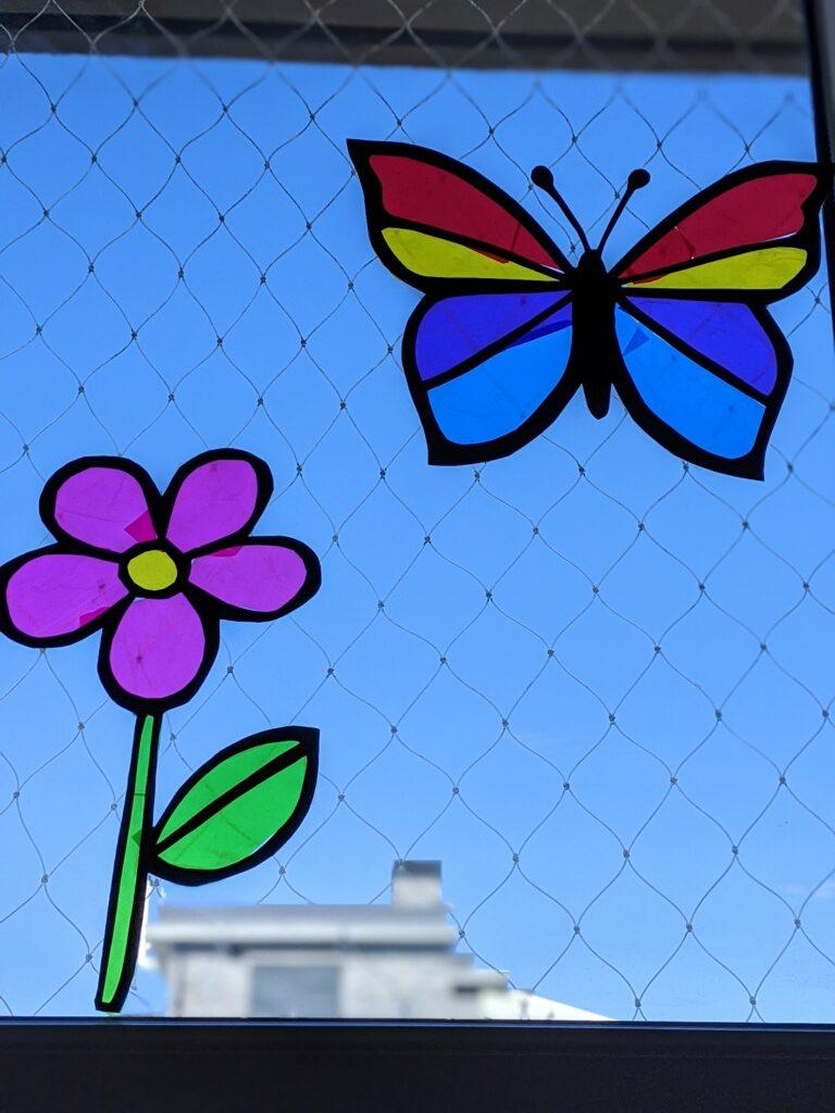 flor translucida de papel celofane