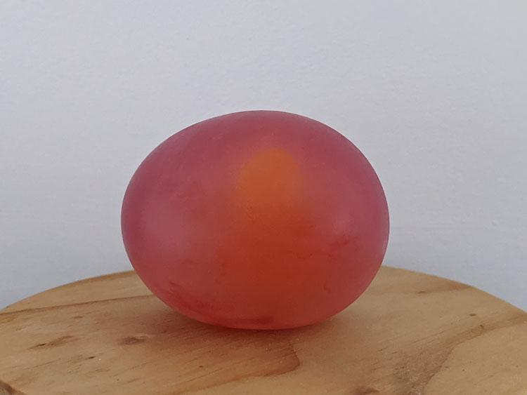 Experiência do ovo que muda de cor