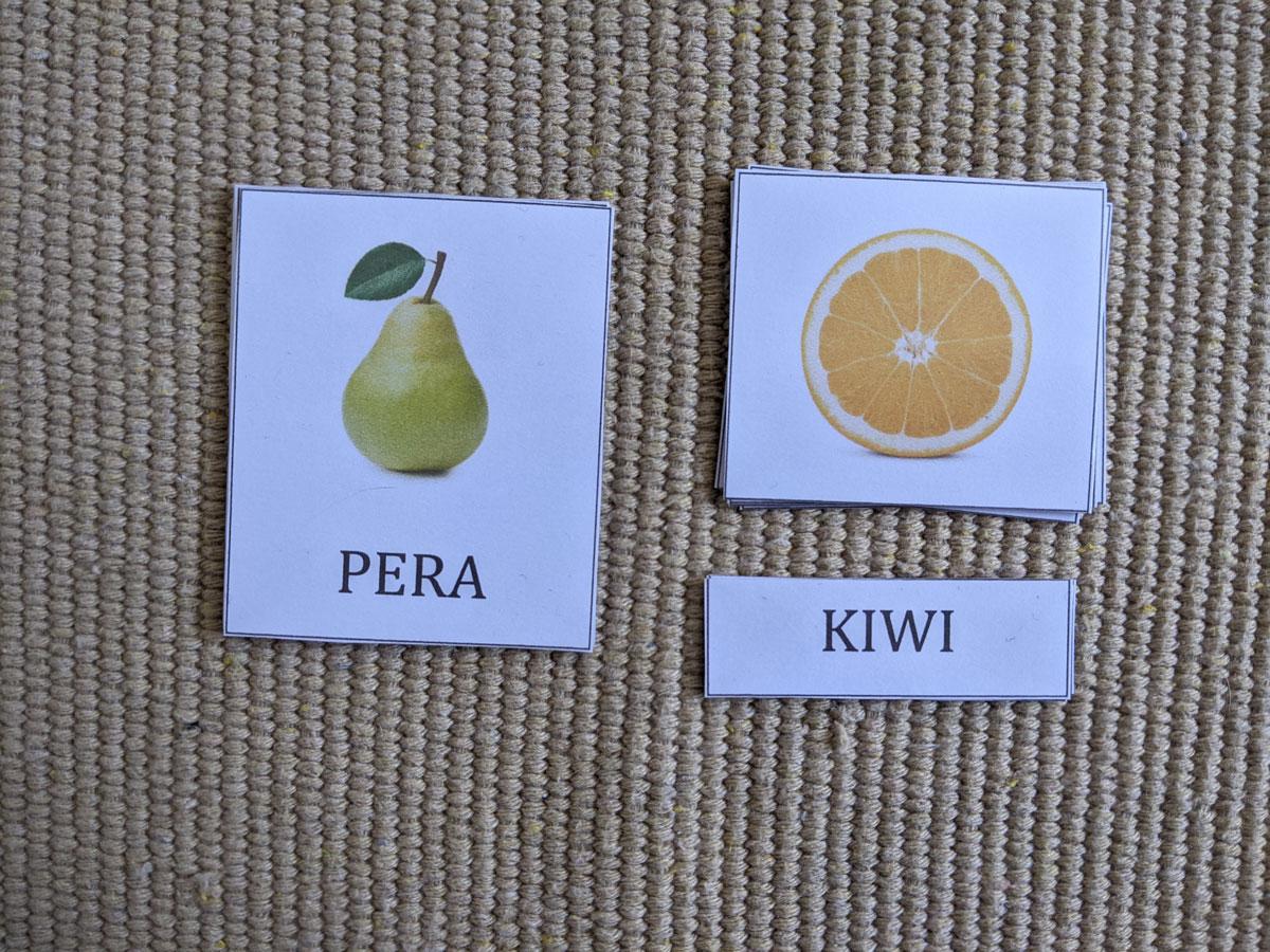 Atividade com frutas Montessori